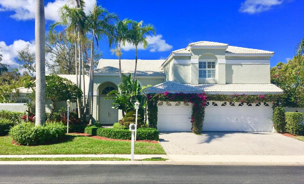 10205 Allamanda Boulevard , Palm Beach Gardens FL 33410 is listed for sale as MLS Listing RX-10388896 23 photos