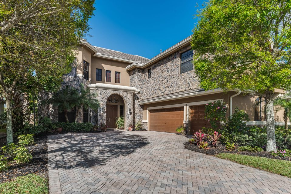 Single Family Home for Sale at 3607 Collonade Drive 3607 Collonade Drive Wellington, Florida 33449 United States