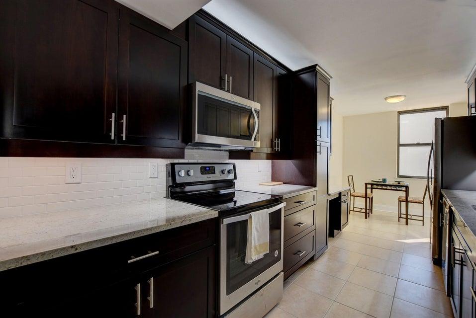 Konsum / Eigentumswohnung für Verkauf beim 3456 S Ocean Boulevard 3456 S Ocean Boulevard Palm Beach, Florida 33480 Vereinigte Staaten