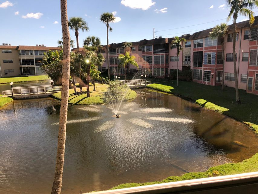 Condominium for Sale at 5031 W Oakland Park Boulevard # 202 5031 W Oakland Park Boulevard # 202 Lauderdale Lakes, Florida 33313 United States