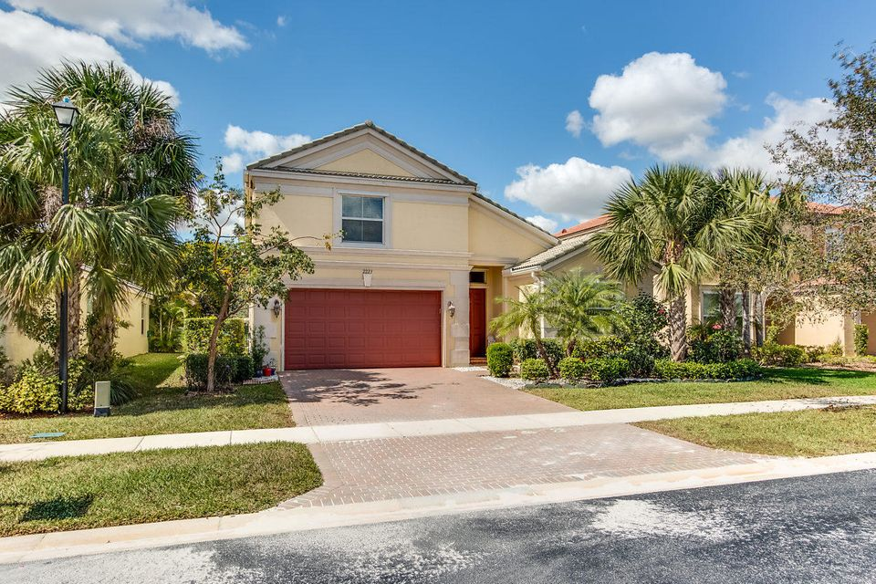 2223 Arterra Court  Royal Palm Beach, FL 33411