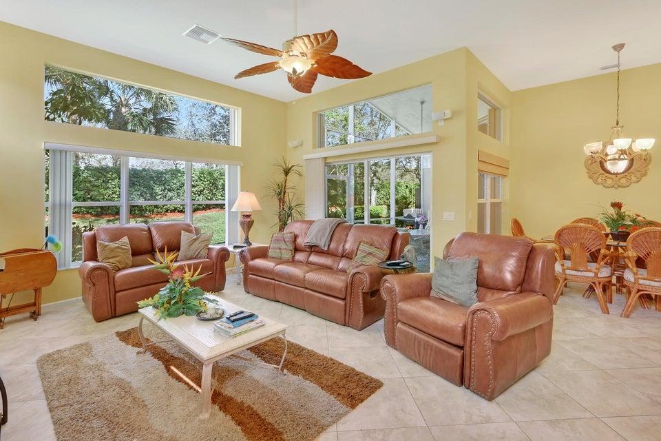Photo of  Lake Worth, FL 33467 MLS RX-10406421