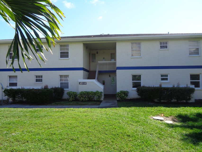 New Home for sale at 1516 Royal Green Circle in Port Saint Lucie