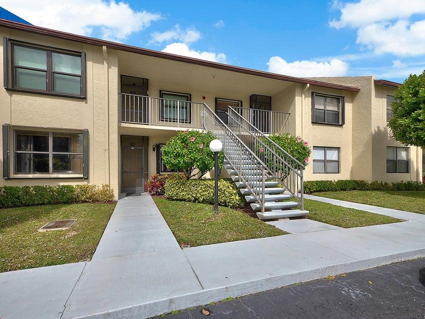 7867 Willow Spring Drive 824  Lake Worth, FL 33467