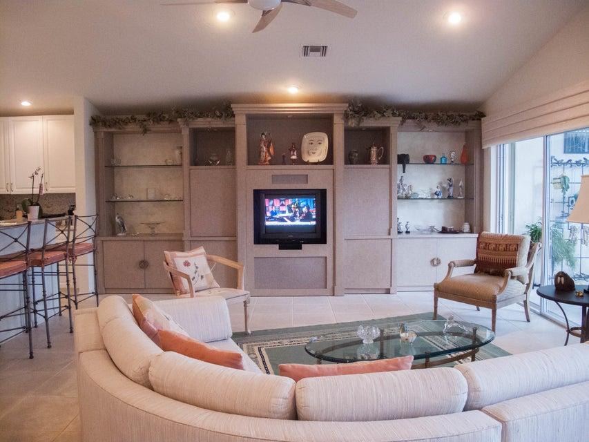 6998 N Castlemaine Avenue Boynton Beach FL 33437 - photo 5