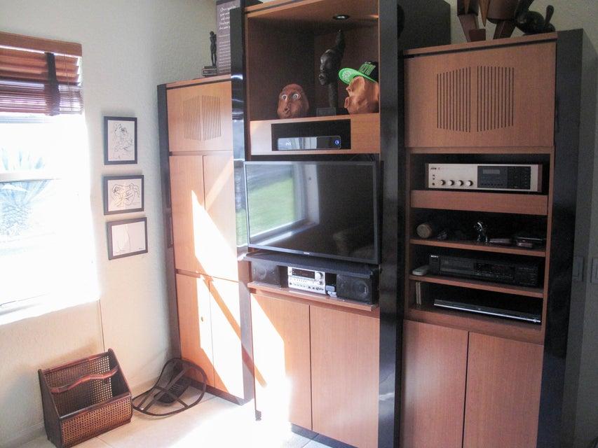 6998 N Castlemaine Avenue Boynton Beach FL 33437 - photo 16