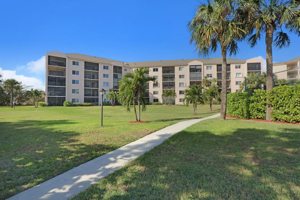 Condominium for Sale at 275 Palm Avenue # A405 275 Palm Avenue # A405 Jupiter, Florida 33477 United States