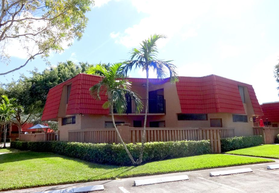 Home for sale in Banyan Lakes Boca Raton Florida