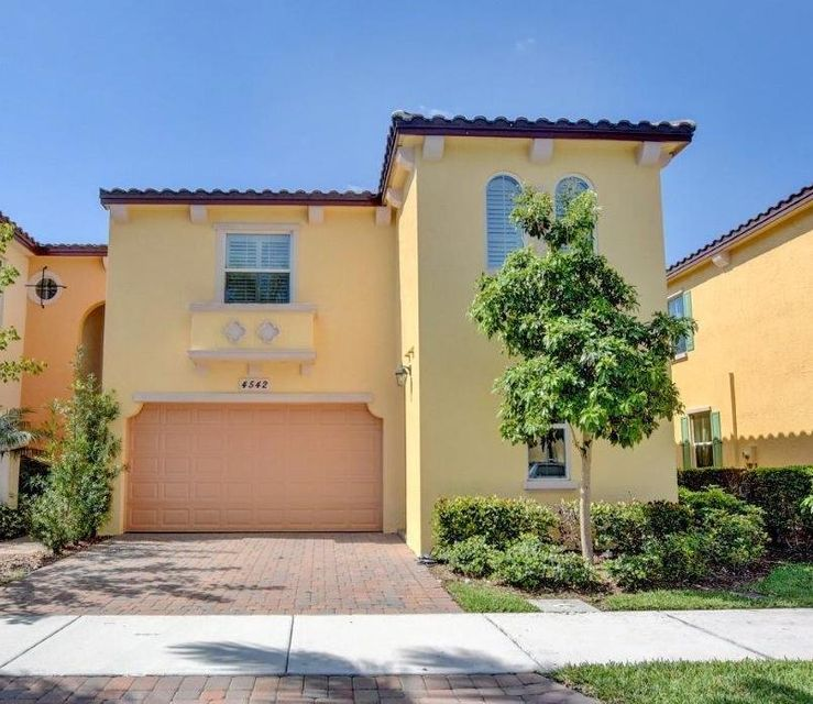 Townhouse for Rent at 4542 Mediterranean Circle 4542 Mediterranean Circle Palm Beach Gardens, Florida 33418 United States