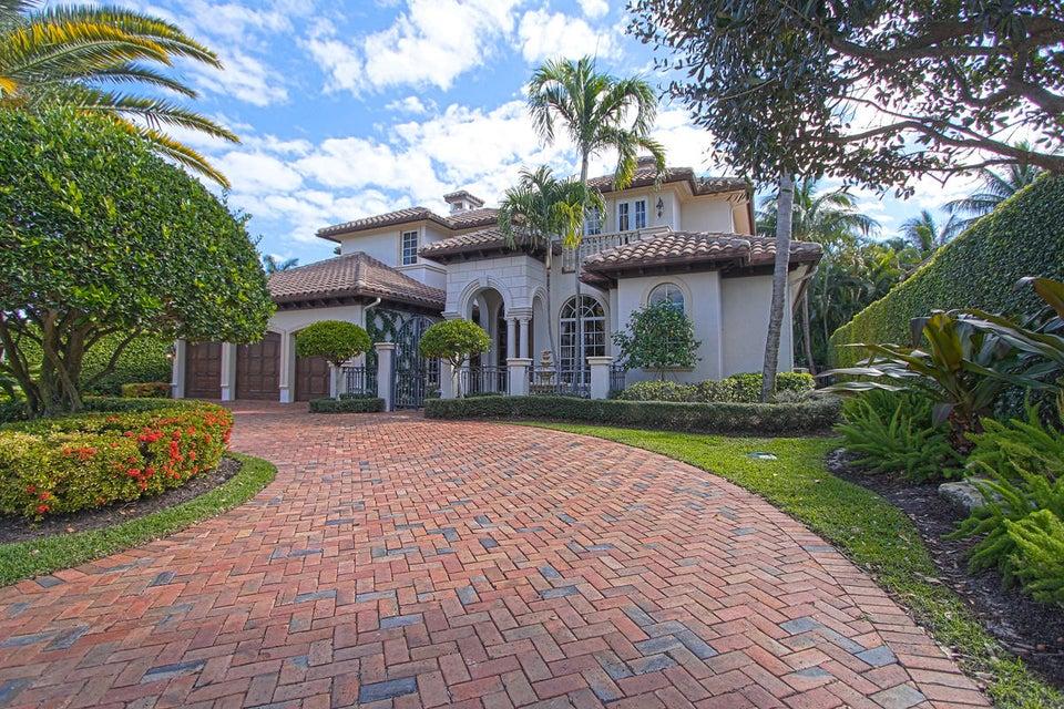 独户住宅 为 销售 在 1824 Sabal Palm Drive 1824 Sabal Palm Drive 博卡拉顿, 佛罗里达州 33432 美国