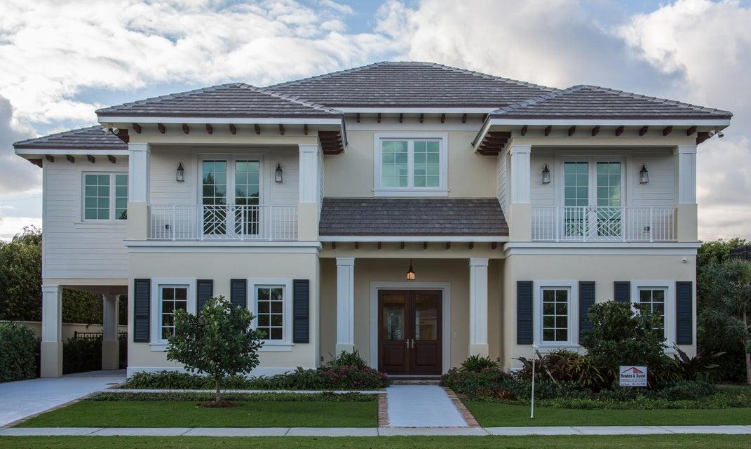 独户住宅 为 销售 在 127 Potter Road 127 Potter Road 西棕榈滩, 佛罗里达州 33405 美国