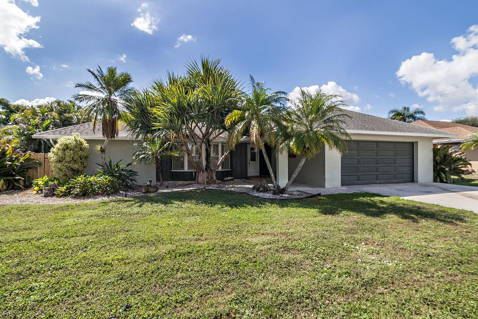 Home for sale in SOUTH SHORE NO 2A OF WELLINGTON Wellington Florida