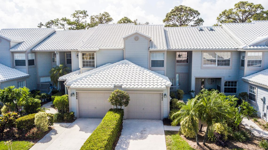 8982 SE Riverfront Terrace  Tequesta FL 33469