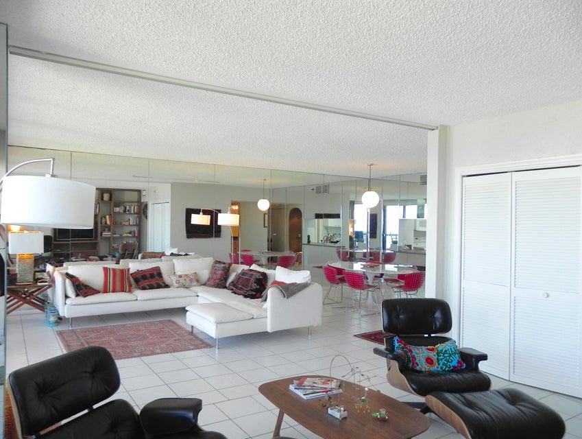 4748 S Ocean Boulevard Ph1  Highland Beach FL 33487