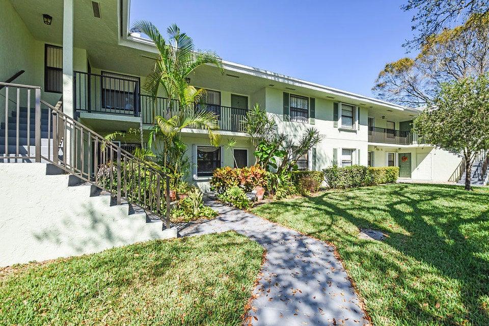 Home for sale in Sabal Ridge Palm Beach Gardens Florida