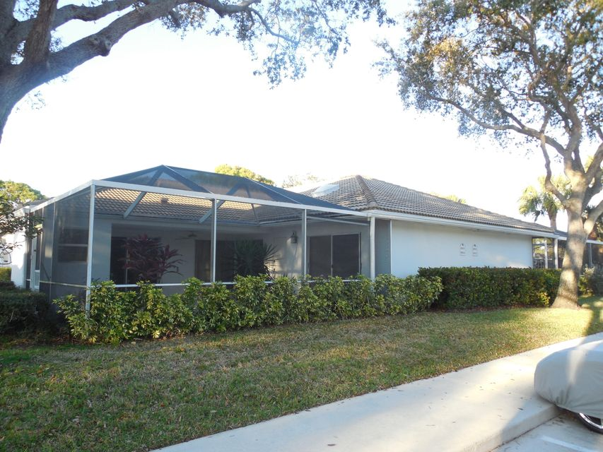 Villa for Rent at 8004 Chapman Oak Court 8004 Chapman Oak Court Palm Beach Gardens, Florida 33410 United States