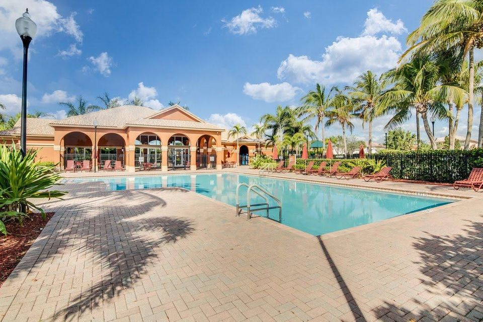 Photo of  Royal Palm Beach, FL 33411 MLS RX-10406761