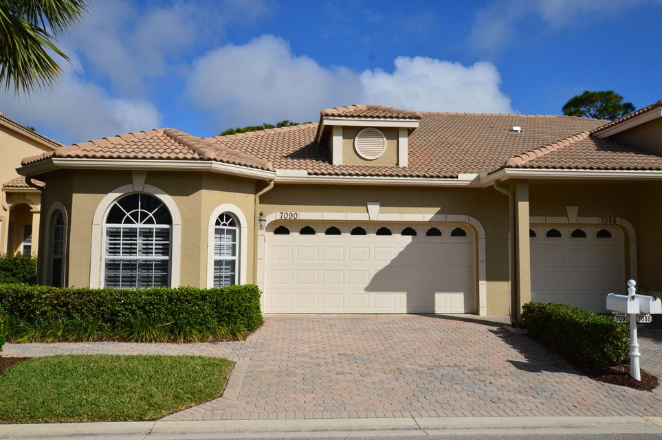 Townhouse for Sale at 7090 Torrey Pines Circle 7090 Torrey Pines Circle Port St. Lucie, Florida 34986 United States