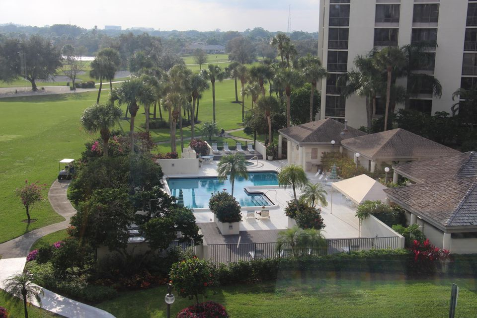 Condominium for Sale at 6797 Willow Wood Drive # 6053 6797 Willow Wood Drive # 6053 Boca Raton, Florida 33434 United States