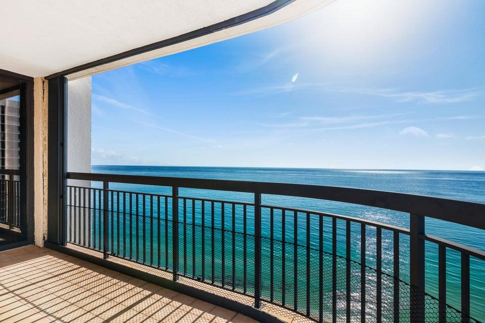 Condominium for Sale at 5380 N Ocean Drive # 17I 5380 N Ocean Drive # 17I Singer Island, Florida 33404 United States