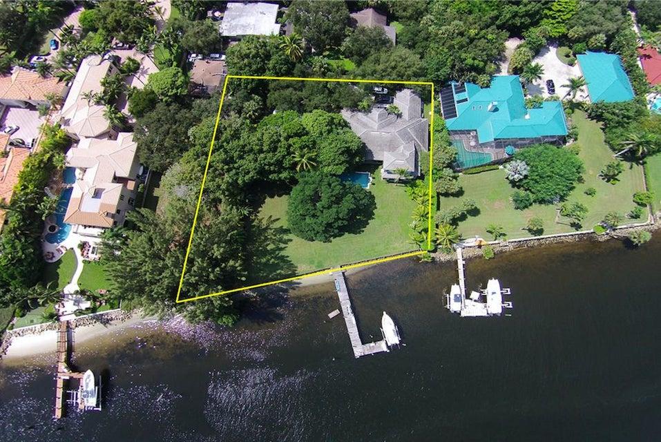 Частный односемейный дом для того Продажа на 2444 Cardinal Lane 2444 Cardinal Lane Palm Beach Gardens, Флорида 33410 Соединенные Штаты