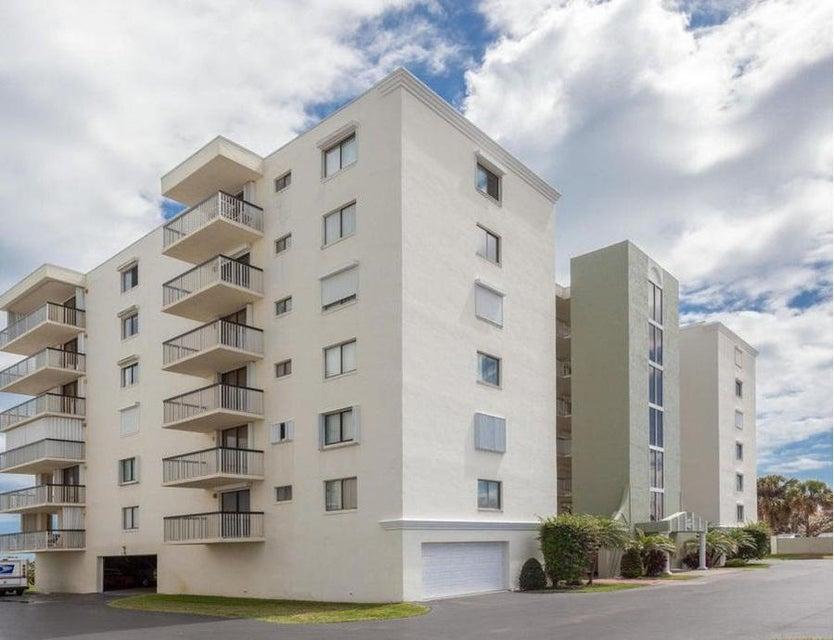 Condominio por un Venta en 407 Highway A1a # 442 407 Highway A1a # 442 Satellite Beach, Florida 32937 Estados Unidos
