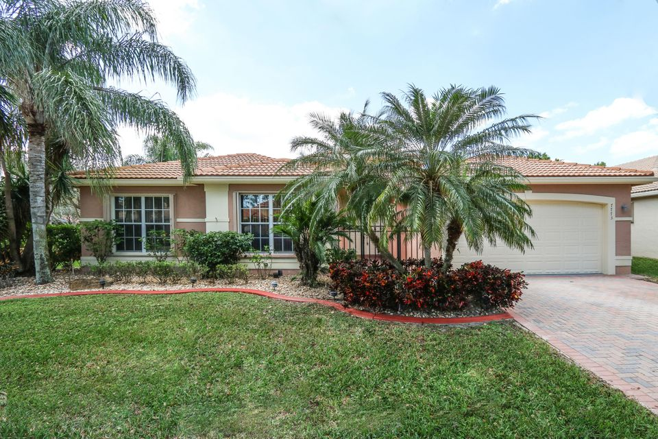 7773 Royale River Lane  Lake Worth FL 33467