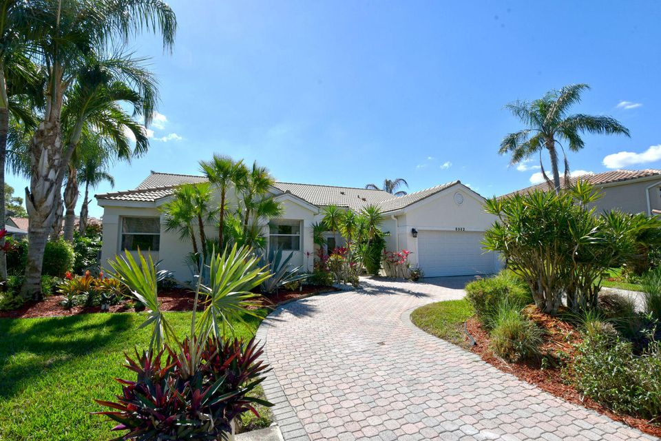Single Family Home for Sale at 8962 SE North Passage Way 8962 SE North Passage Way Tequesta, Florida 33469 United States