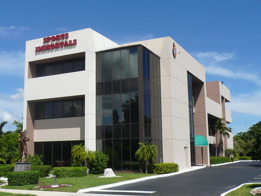 Commercial for Sale at 6830 N Federal Highway 6830 N Federal Highway Boca Raton, Florida 33487 United States
