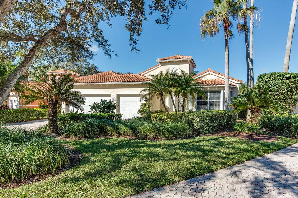 New Home for sale at 3818 Outlook Court in Jupiter