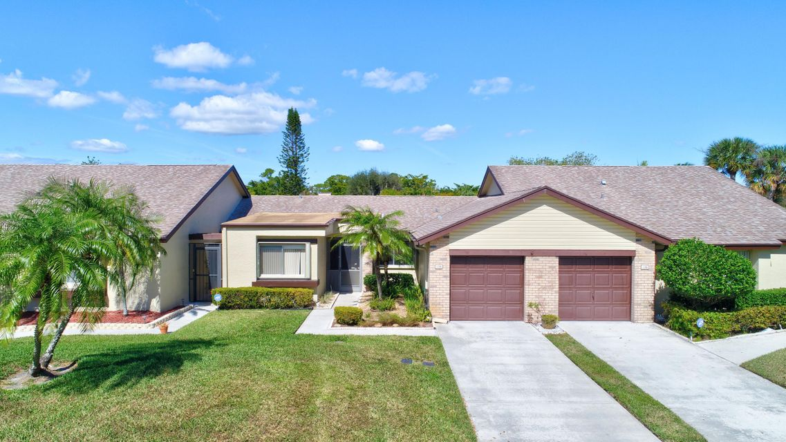 128 Village Walk Drive  Royal Palm Beach, FL 33411