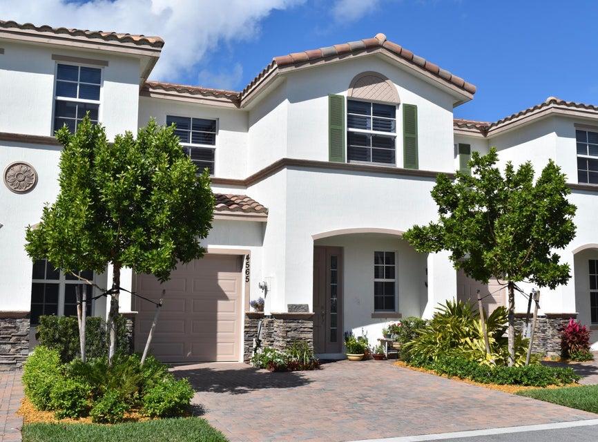 4565 Tara Cove Way  West Palm Beach, FL 33417