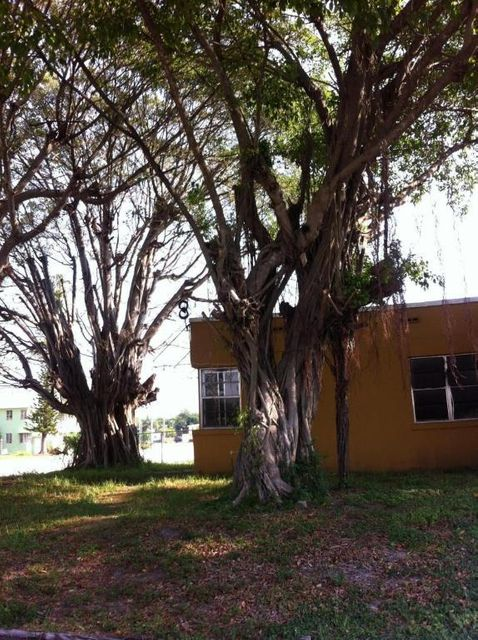 543 29th Street  West Palm Beach, FL 33407