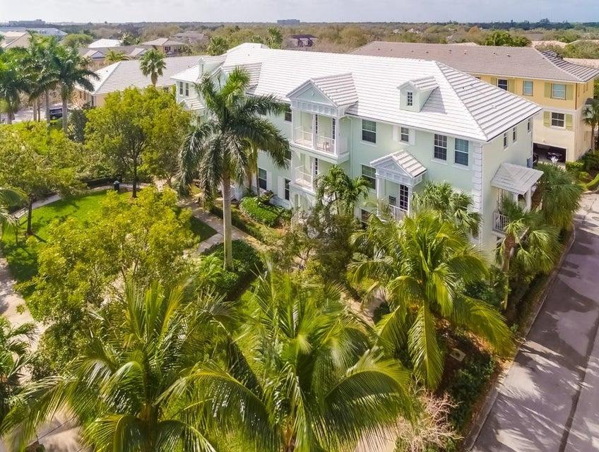 联栋屋 为 销售 在 4115 Sandy Spit Lane 4115 Sandy Spit Lane 朱庇特, 佛罗里达州 33458 美国