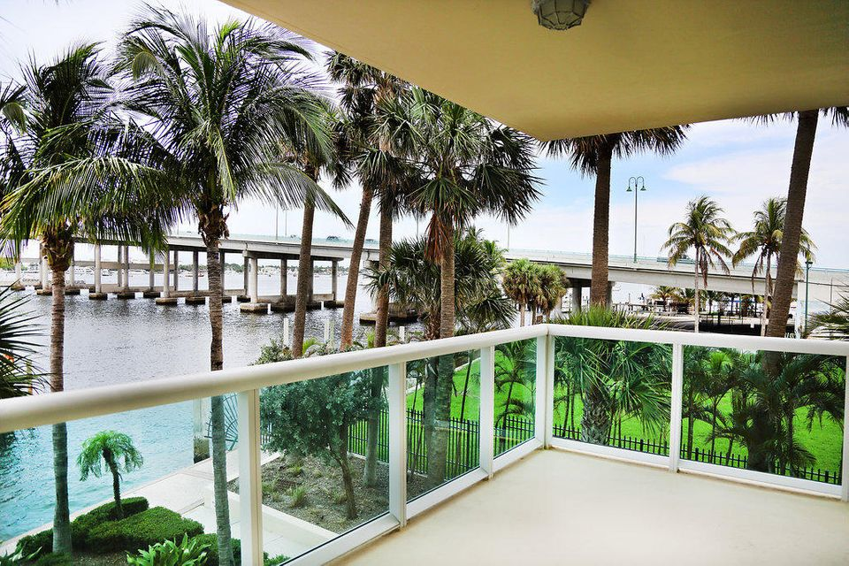 2640 Lake Shore Drive 216,Riviera Beach,Florida 33404,2 Bedrooms Bedrooms,3 BathroomsBathrooms,F,Lake Shore,RX-10407239