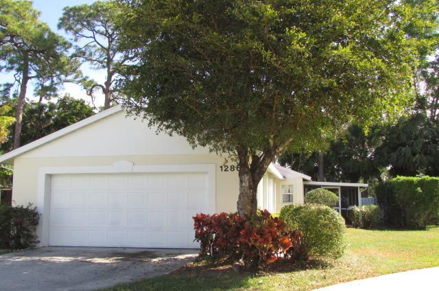 1286 Slash Pine Circle  West Palm Beach, FL 33409