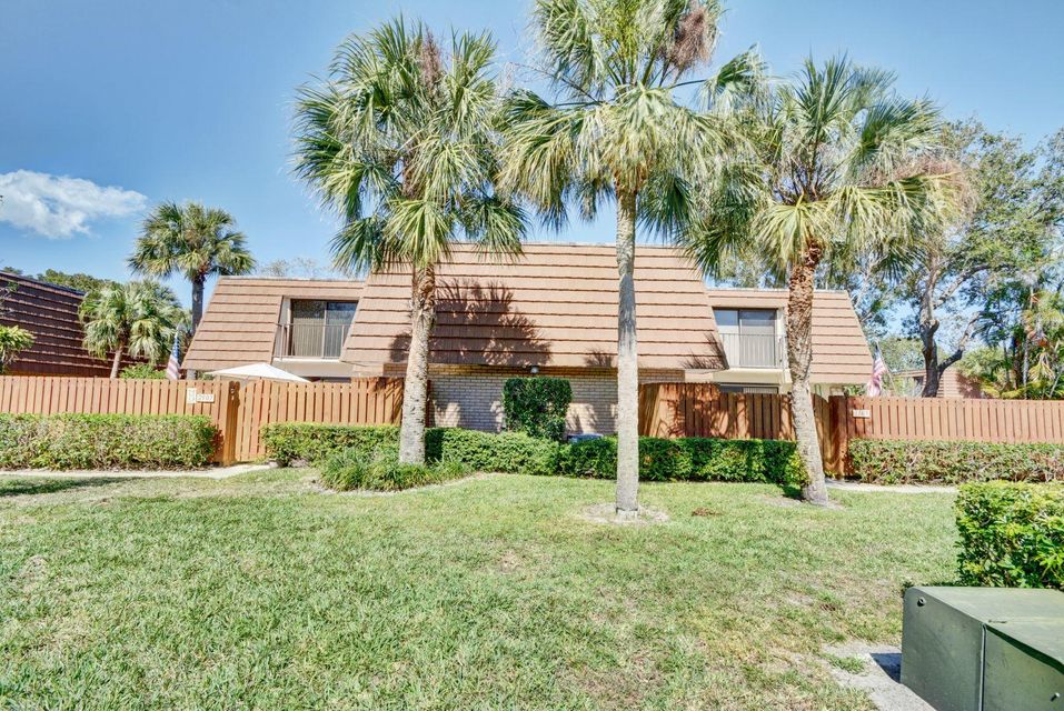 Home for sale in Bluffs Jupiter Florida