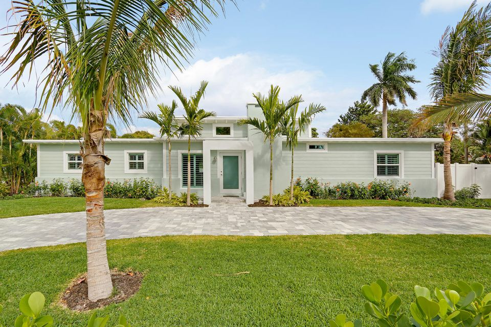 Single Family Home for Rent at 915 N Swinton Avenue 915 N Swinton Avenue Delray Beach, Florida 33444 United States