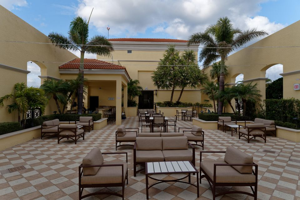 701 S Olive Avenue 824 West Palm Beach, FL 33401 photo 69