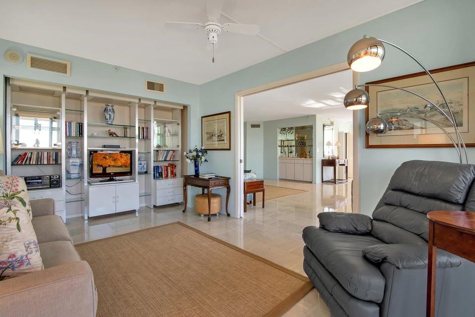1900 Consulate Place 1004 West Palm Beach, FL 33401 photo 6