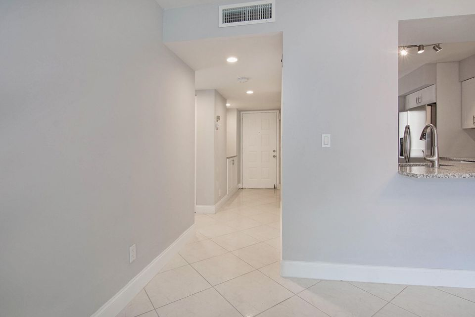 14376 Amberly Lane 208 Delray Beach, FL 33446 photo 11