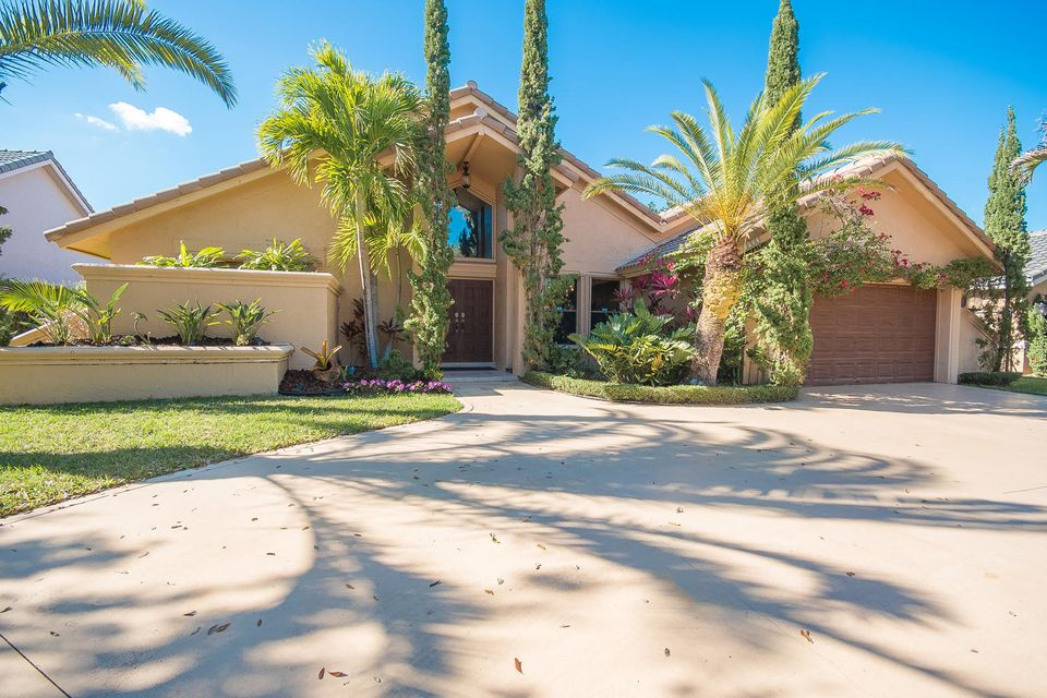 Single Family Home for Sale at 8953 NW 53rd Manor 8953 NW 53rd Manor Coral Springs, Florida 33067 United States