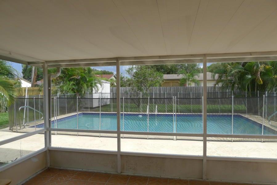 139 Eider Court Royal Palm Beach, FL 33411 photo 10