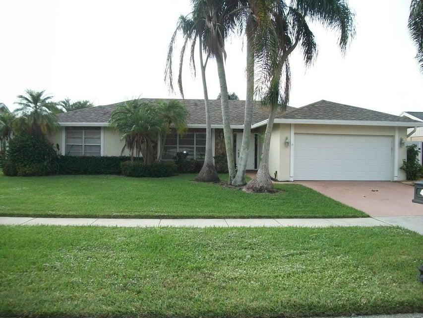 4234 Woods End Road  Boca Raton FL 33487