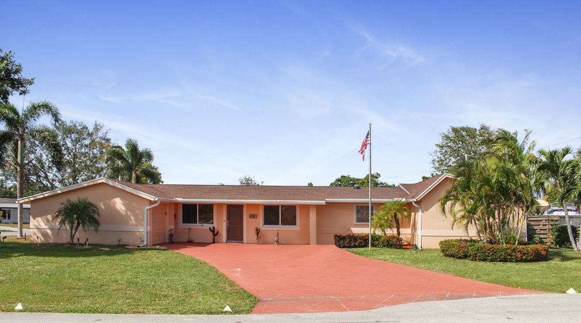 Home for sale in PALM BEACH GARDENS ESTATES Palm Beach Gardens Florida