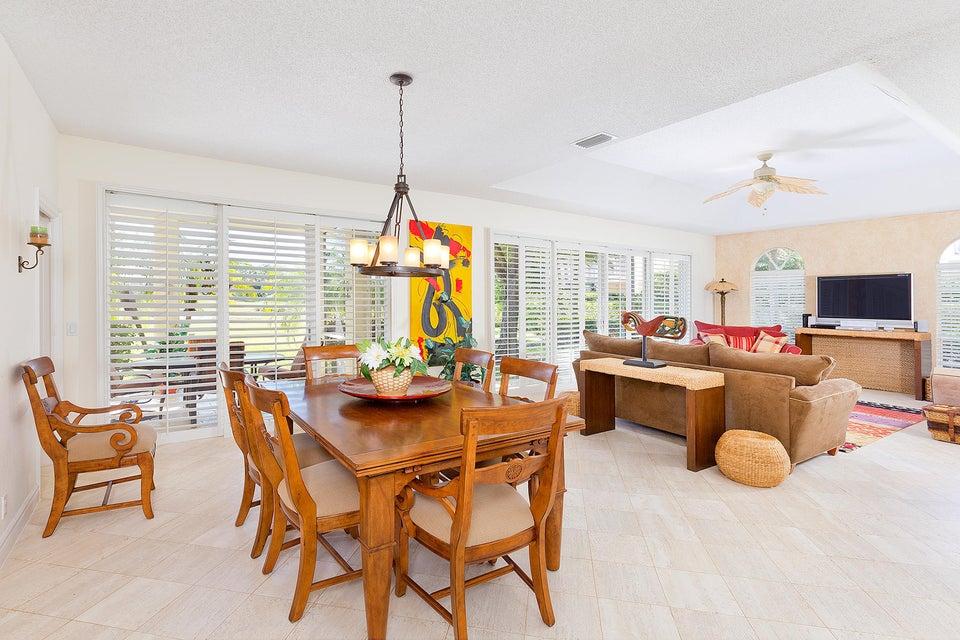 11837 Pebblewood Drive - Wellington, Florida