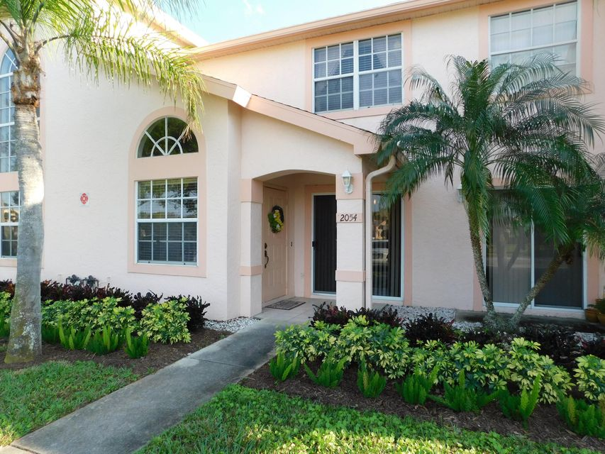 Townhouse for Sale at 2054 SE Wild Meadow Circle # I105 2054 SE Wild Meadow Circle # I105 Port St. Lucie, Florida 34952 United States