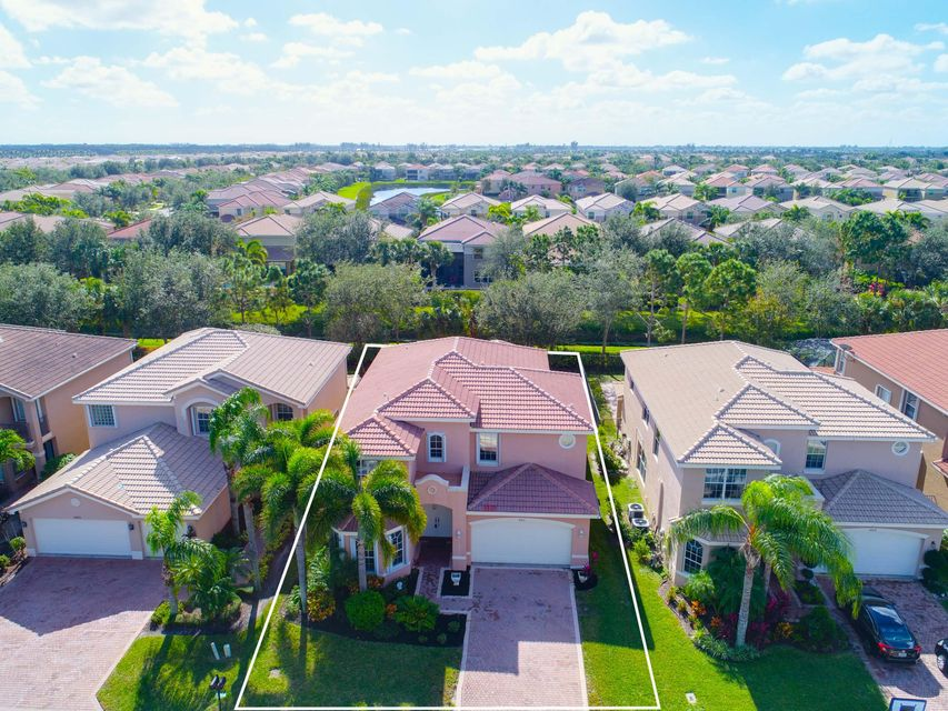 Single Family Home for Rent at 8501 Breezy Hill Drive 8501 Breezy Hill Drive Boynton Beach, Florida 33473 United States