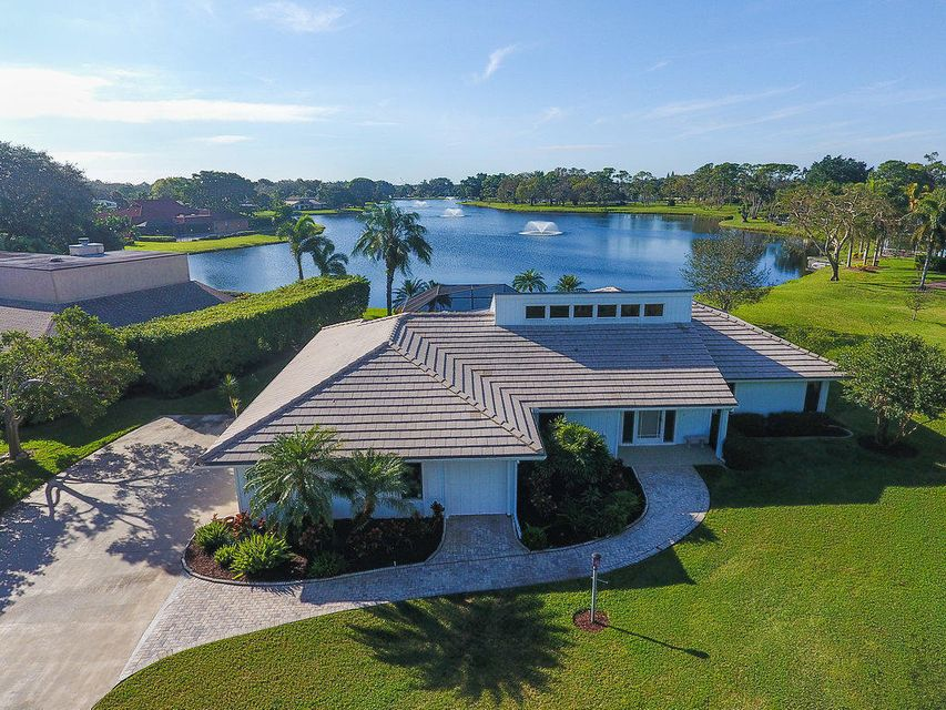 13225 Bonnette Drive , Palm Beach Gardens FL 33418 is listed for sale as MLS Listing RX-10396778 42 photos