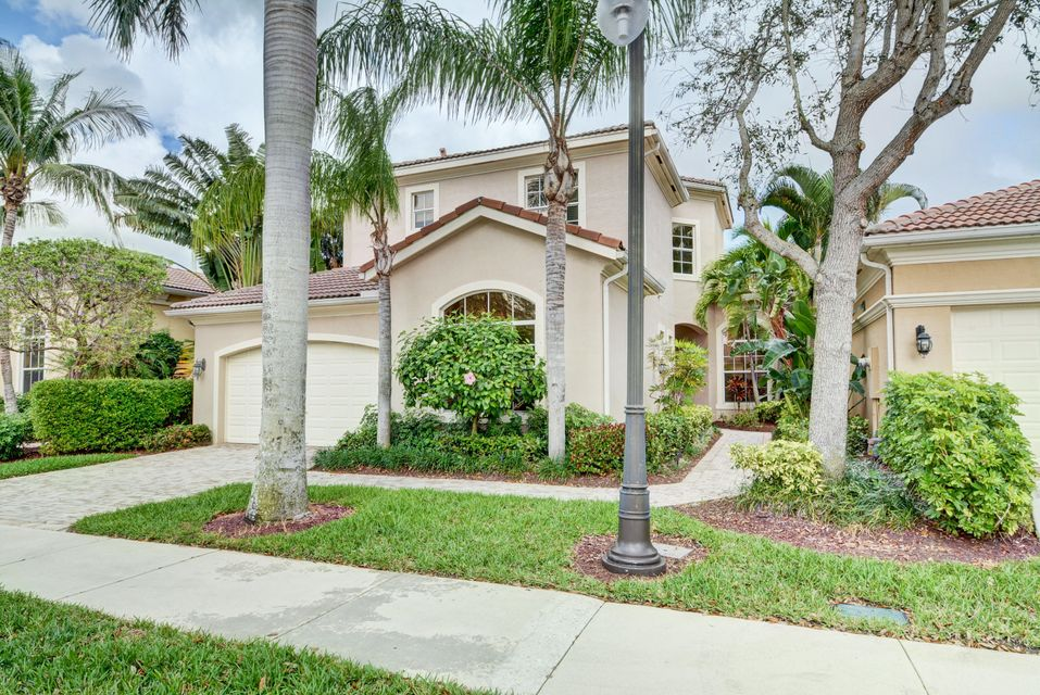 Single Family Home for Rent at 216 Andalusia Drive 216 Andalusia Drive Palm Beach Gardens, Florida 33418 United States